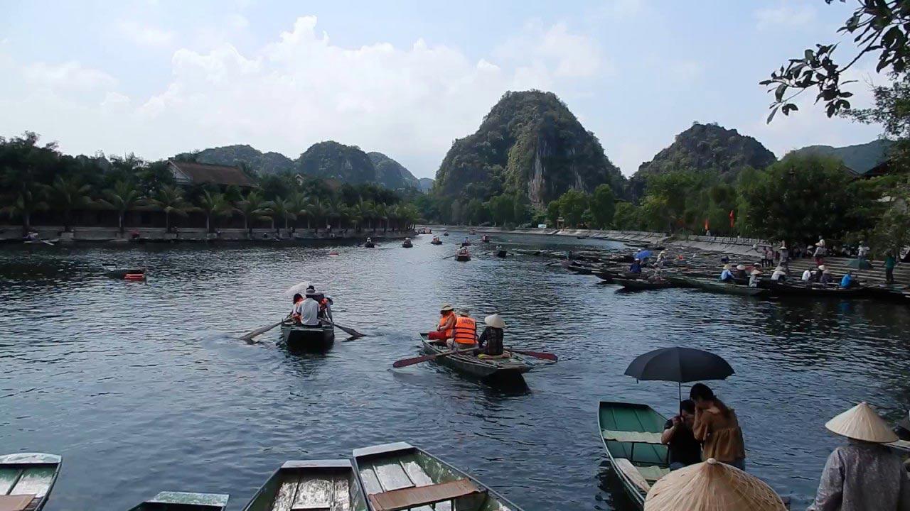 Vietnam - classic boat