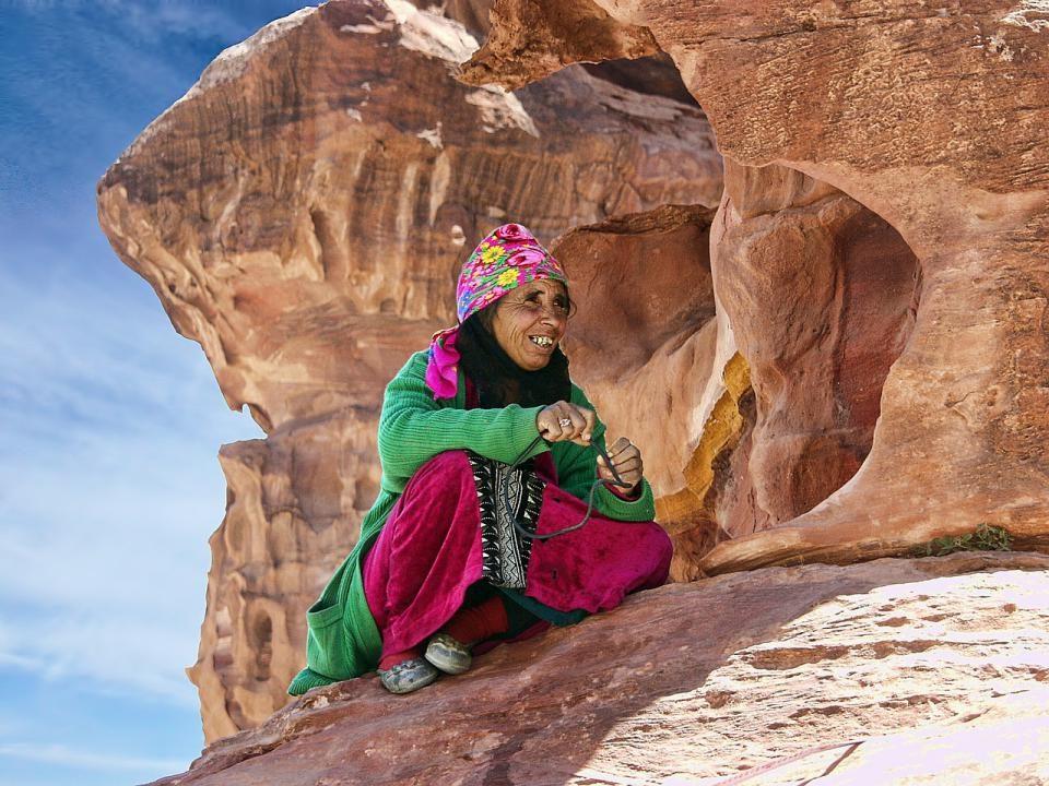 Tour giordania - Petra donna
