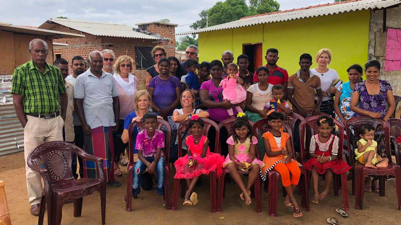 Viaggi solidali Sri Lanka: foto di gruppo