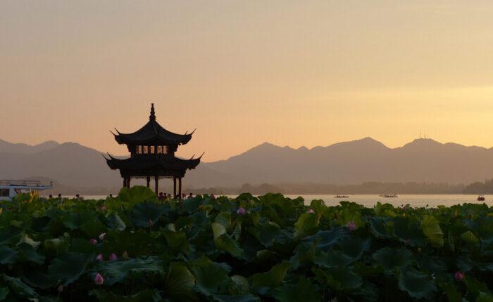 Tour Cina- tramonto pagoda