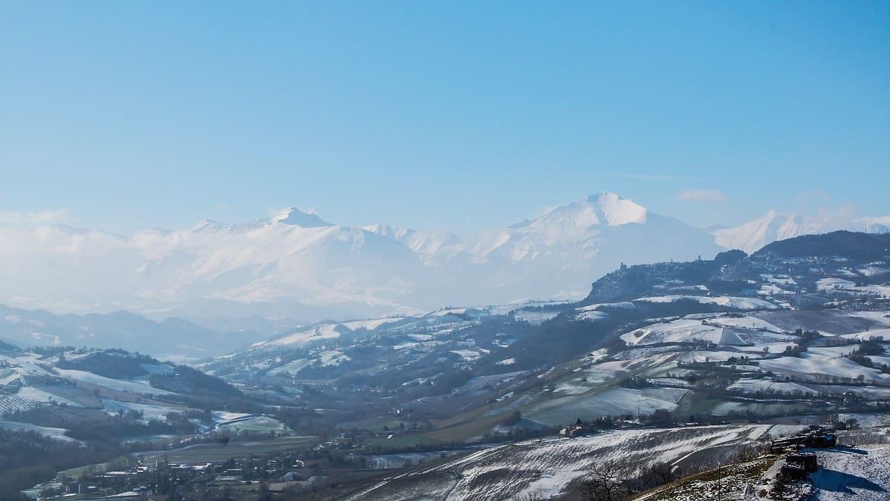Weekend Trekking Sibillini - montagne con neve