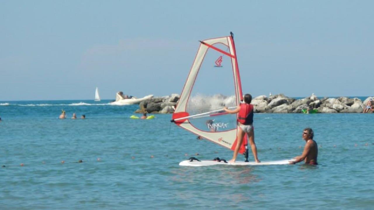 Tour in bici Pesaro - corso di windsurf a Pesaro