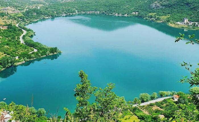 tour Abruzzo - lago di Scanno